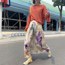 Load image into Gallery viewer, Autumn Flower Print Skirt