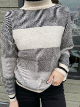 Load image into Gallery viewer, Jess Black & White Sweater
