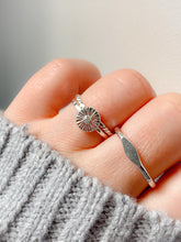 Load image into Gallery viewer, Daisy Sunbeam Sterling Silver Ring
