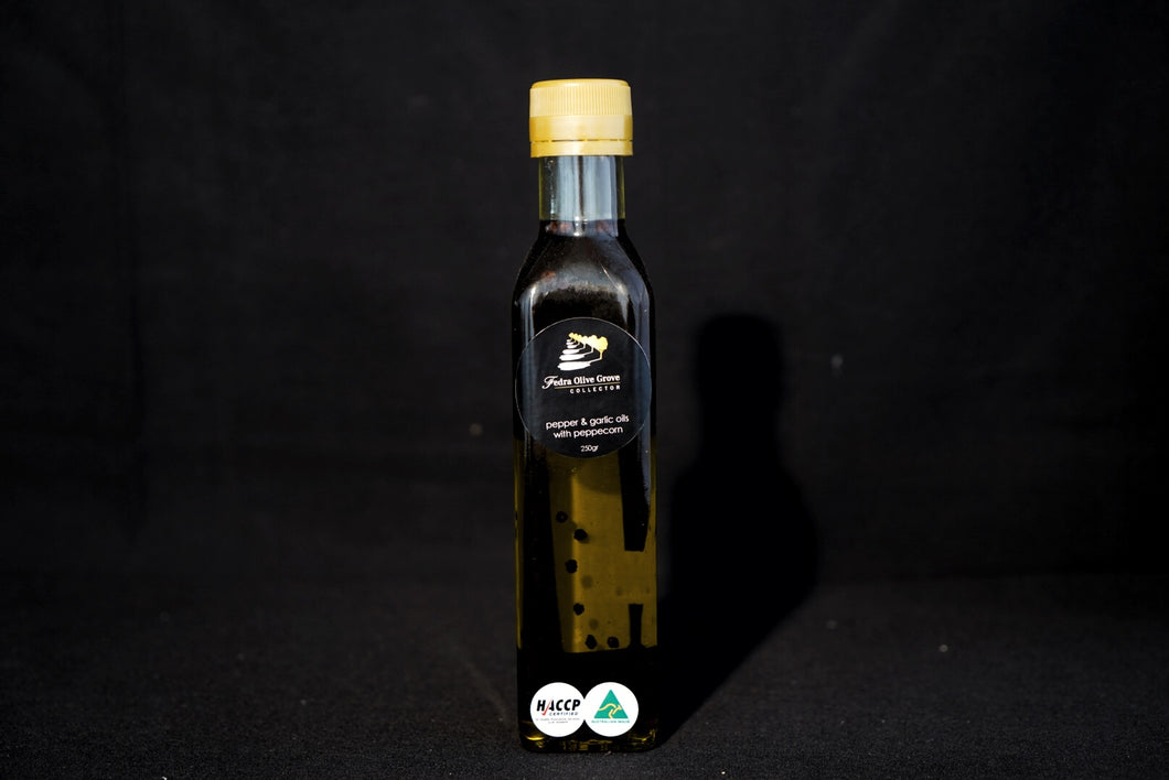 Pepper & Garlic Infused Extra Virgin Olive Oil - 250mL Fedra