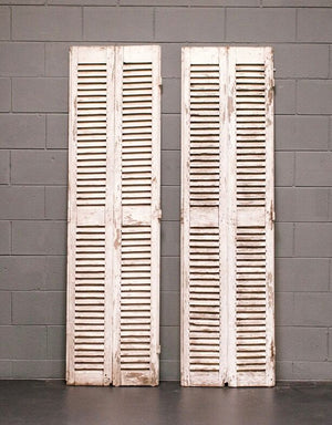 Wonderwall Silver Shutters made of distressed wood