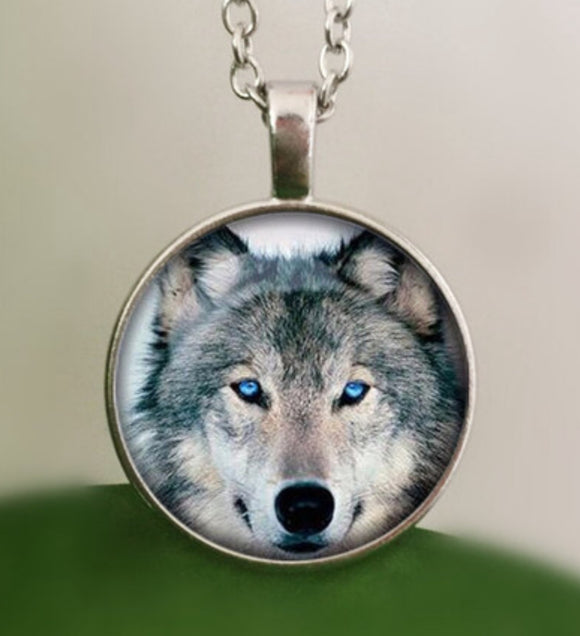 Necklace Wolf Pendant