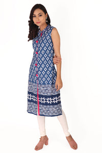 blue-sleeveless-daabu-print-kurta