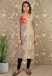 Grey Daabu Printed Flower Embroidered Straight Kurti
