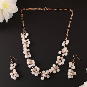 The Magical Crystal Necklace Set In White