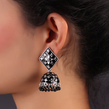 Load image into Gallery viewer, Black Floral Jhumkas
