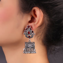 Load image into Gallery viewer, Maroon Hermosa Earrings