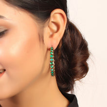 Load image into Gallery viewer, Berry Love Earrings In Emerald Color