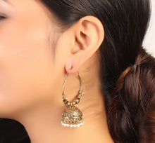 Load image into Gallery viewer, Golden Grace Jhoomer Earrings