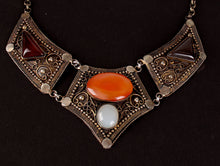 Load image into Gallery viewer, Gemstone classic necklace