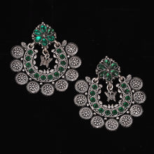 Load image into Gallery viewer, Green & Silver Floral Chaand Baalis