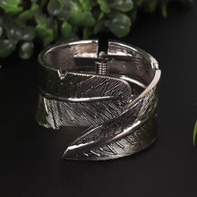 Load image into Gallery viewer, Silver Leaf Style Bracelet For Women