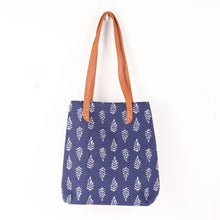 Load image into Gallery viewer, Semtric bluish tote Bag