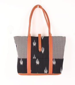 Checked Elie Printed Tote