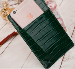 The 4-in-1 Charmer Leather Lanyard & Phone Pouch : Green Croc