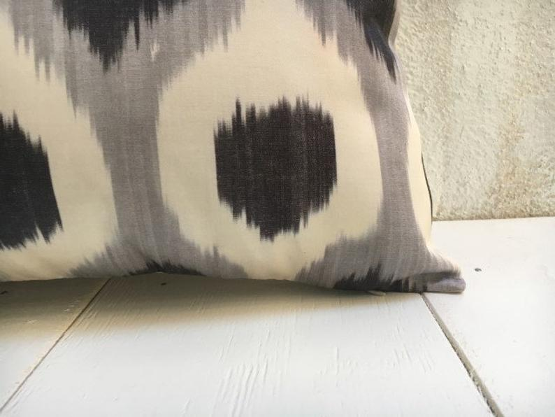 One-of-A-Kind Grey Silk Ikat Pillow Cover 16x24