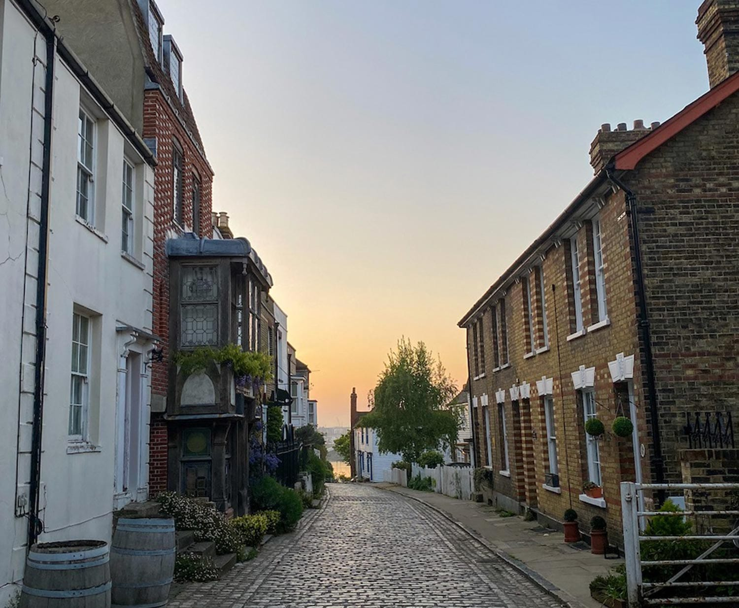 Castle Walk at Sunrise in Upnor