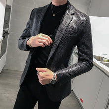 Load image into Gallery viewer, Jacket Leather Stage Costumes For Singers Loose Coat Blaser Homens Terno Masculino Autumn Leopard Print Mens Blazer Skin Suit