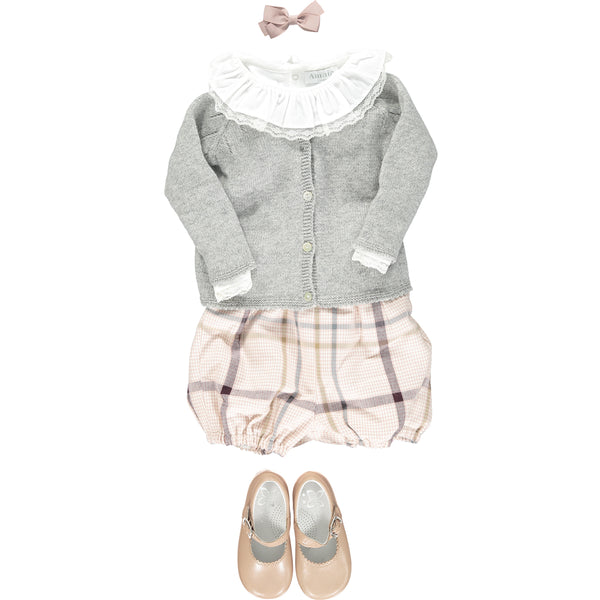 Humble tartan baby girl look