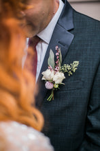 Load image into Gallery viewer, Vallarta Boutonnière
