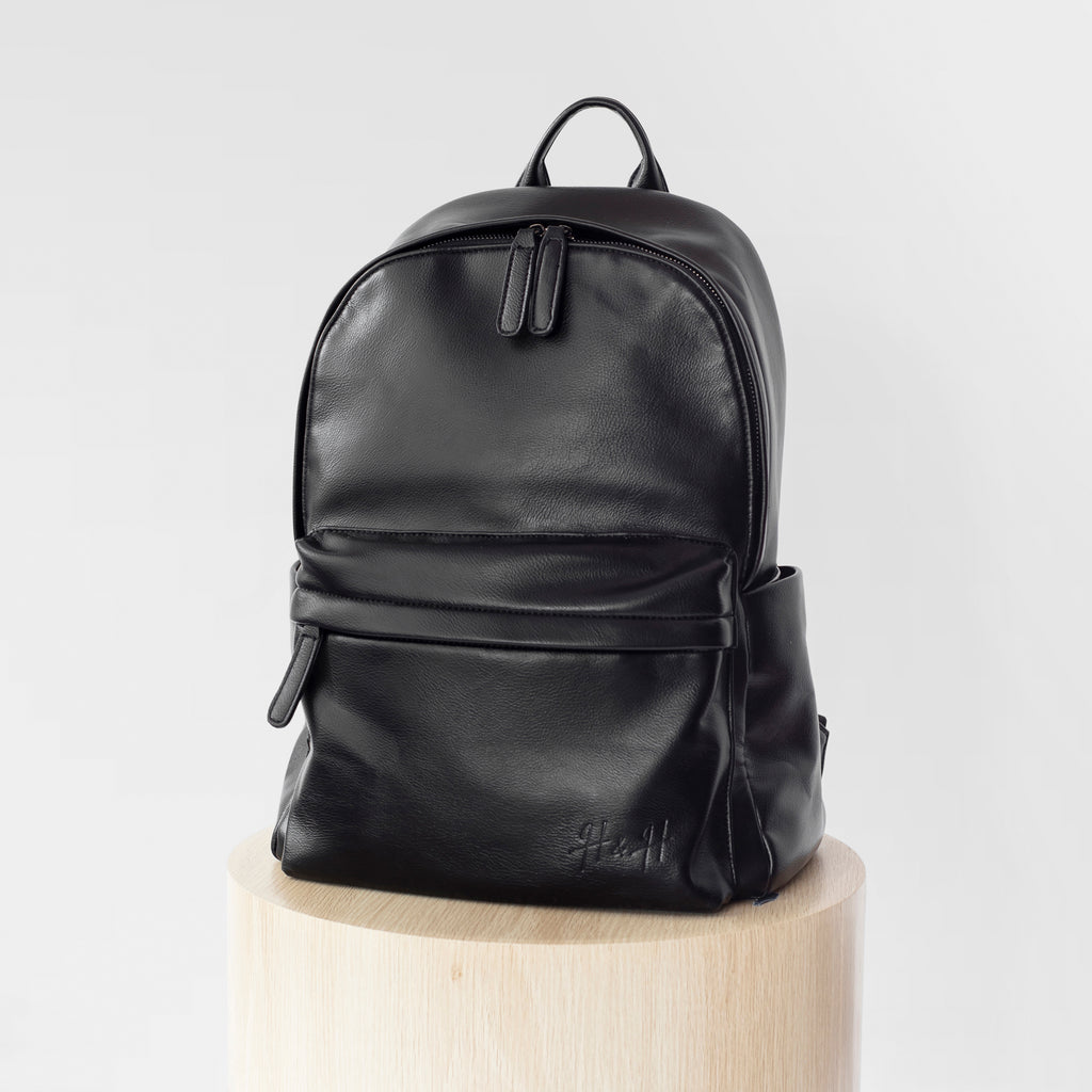 Signature Laptop Backpack (Black)