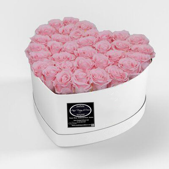BEAUTYFULL FRESH ROSES HEART DESIGN ARRENGEMENT