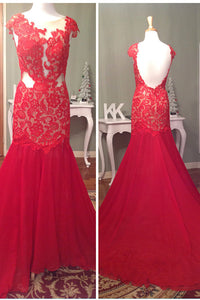 LACE GOWN by Mac Duggal