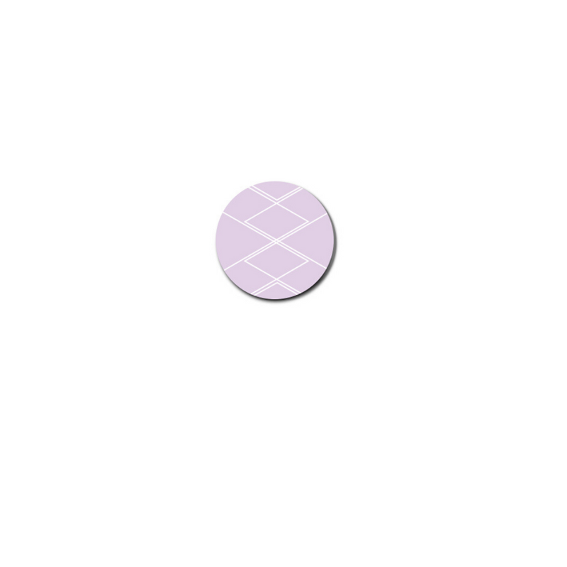 heckla links feature a diamond pattern outlined in white on a lavender background