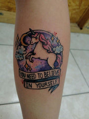 Tatouage licorne believe in yourself