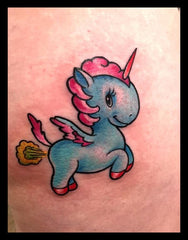 Tatouage licorne pet