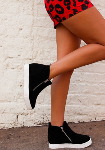 Living on The Wedge Black Sneaker