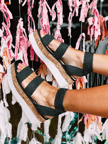 The Mandy Woven Flatform in Black