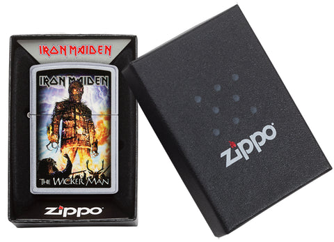 Zippo Feuerzeug Iron Maiden The Wicker Man Cover in offener Geschenkbox