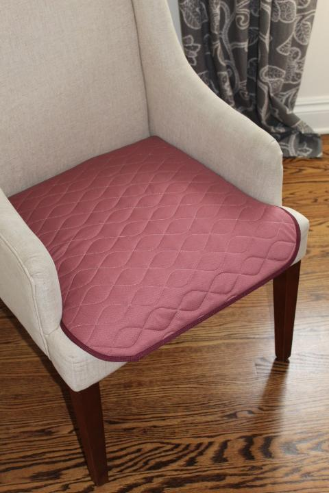 Aurorra Elegance Absorbent Chair Pad- Reusable - DoveCart.com
