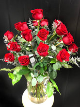 Load image into Gallery viewer, Valentine's Roses in a Vase