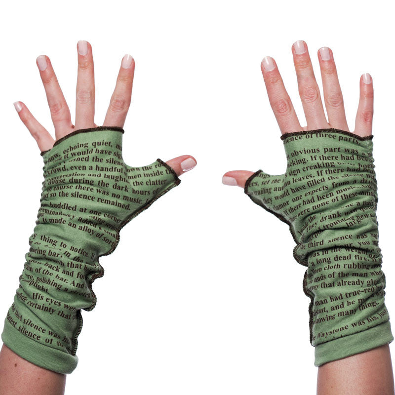 The Name of the Wind Writing Gloves - Storiarts - 2