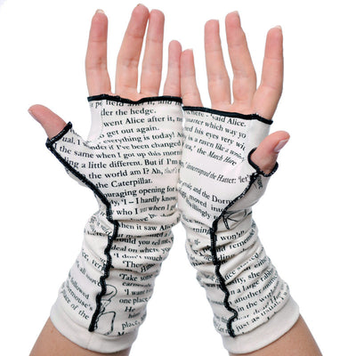 Alice in Wonderland Writing Gloves - Storiarts - 3