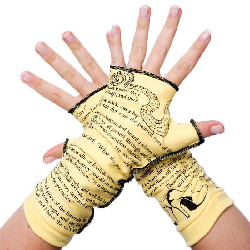 The Wonderful Wizard of Oz Writing Gloves - Storiarts - 1