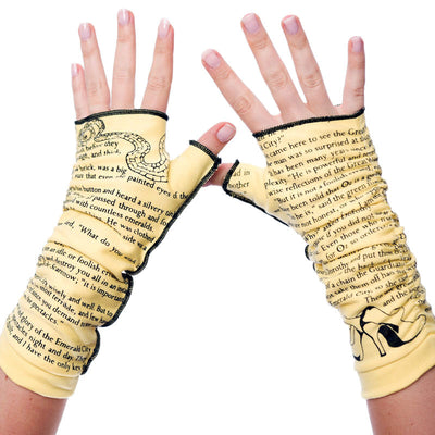 The Wonderful Wizard of Oz Writing Gloves - Storiarts - 2