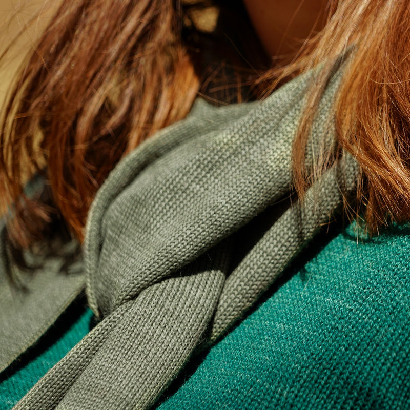 Close up scarf in baby alpaca wool color green