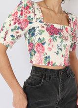 Load image into Gallery viewer, Zara Floral Crop (XS)