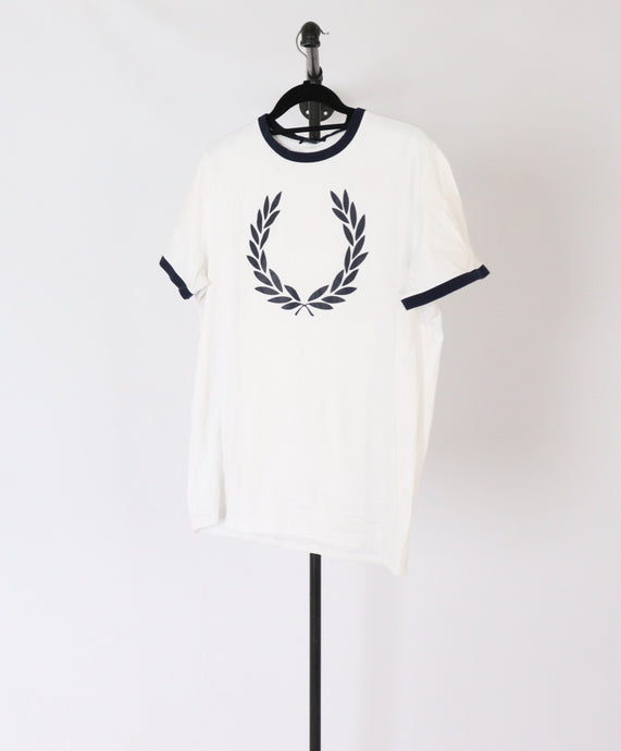 Fred Perry Tee (L)