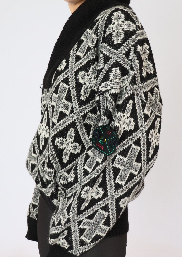 Vintage Cross Patterned Wool Knit Cardigan (M, L)
