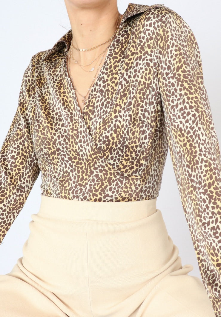 Vintage Silk Leopard Print Collared Blouse (S)