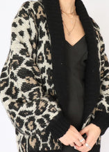 Load image into Gallery viewer, Vintage Wool & Mohair Leopard Print Jacket (S)