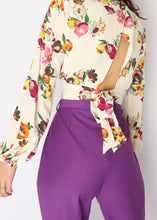 Load image into Gallery viewer, Zara Floral Crop (L)