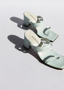 Vintage Seafoam Leather Strappy Sandals (6)