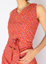 Load image into Gallery viewer, Vintage Bright Red Floral Dress (S)