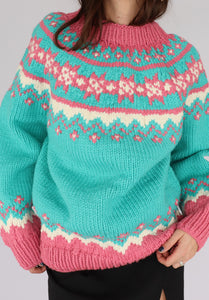 VINTAGE BUBBLEGUM PATTERNED HAND-KNIT SWEATER (L)