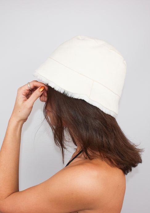 CLUB MONACO FAUX FUR LINED BUCKET HAT